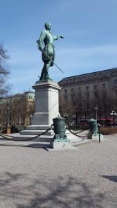 Karl XII staty