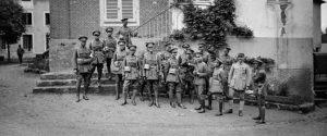 siamesiska-och-franska-officerare