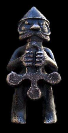 Tor äldre staty